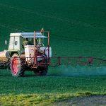Многие страны ограничивают использование аграрных химикатов клотианидина и тиаметоксама. Присоединилась Канада