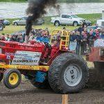 Гонки на тракторах и комбайнах – спорт? Что такое Трактор-пуллинг?
